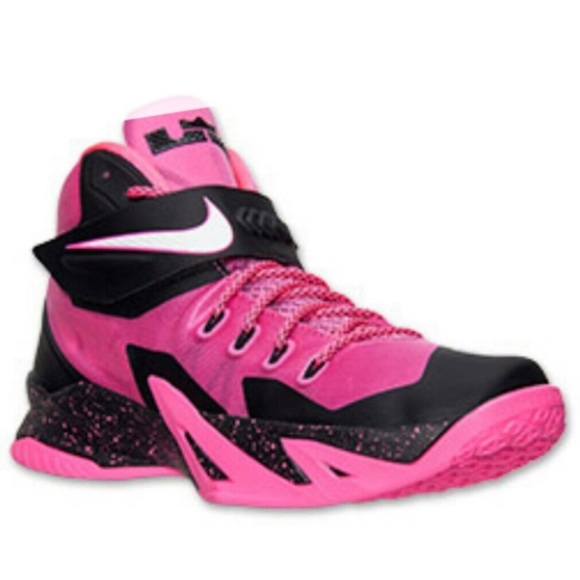 8affe34bd38 Nike Zoom LeBron Pinkfire II Soldier 8 High Tops. M 5c0da1392e14780f99dfef0e